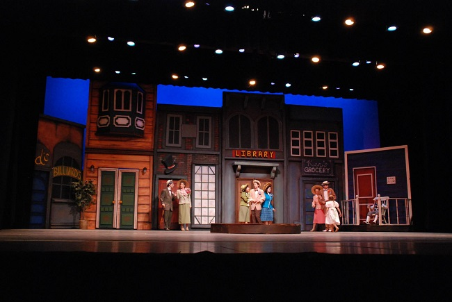 Music_Man_Theater_Set