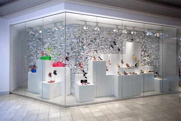 Retail window displays universal foam products for Boutique window display ideas